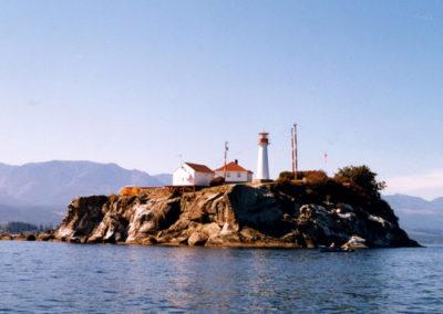 chrome-island-lighthouse-deep-bay-bc